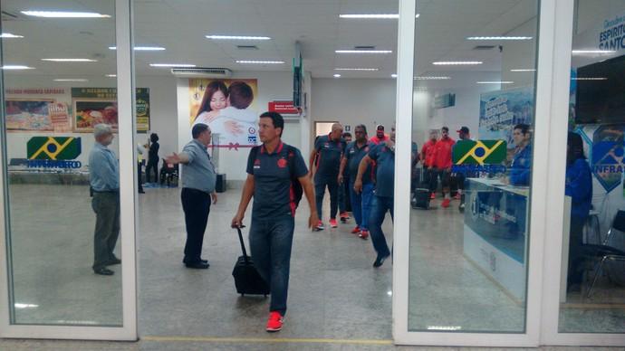 Chegada do Flamengo a Vitória (Foto: Wagner Chaló/GloboEsporte.com)