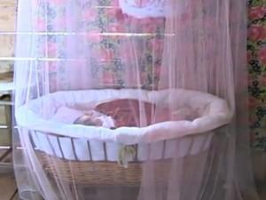 Bebê nasceu de cesária após determinação judicial (Foto: Reprodução/RBS TV)