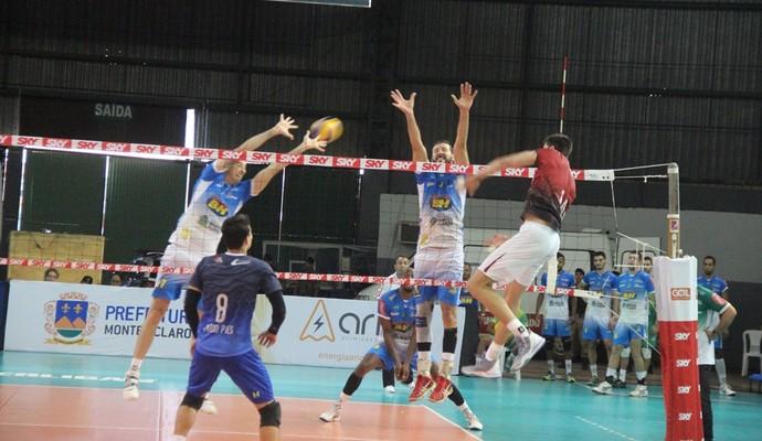 MOC Vôlei venceu o Juiz de Fora por 3 sets a 1 (Foto: Fredson Souza / MCV)