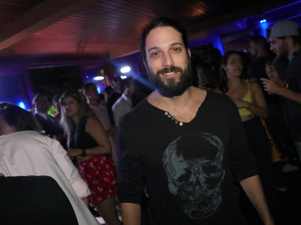 Marco Antônio Gimenez em festa na Zona Sul do Rio (Foto: Fred Pontes/ Divulgação)
