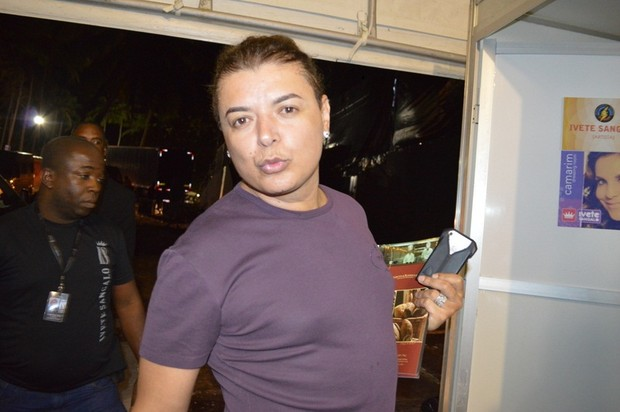 David Brazil foi conferir o show de Ivete Sangalo na Praia do Forte, na Bahia (Foto: Felipe Souto Maior/ Agnews)