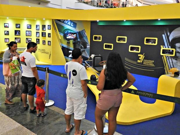 Exposição é um mergulho na trajetória do ídolo mundial da Fórmula 1 Ayrton Senna (Foto: Adneison Severiano/G1 AM)