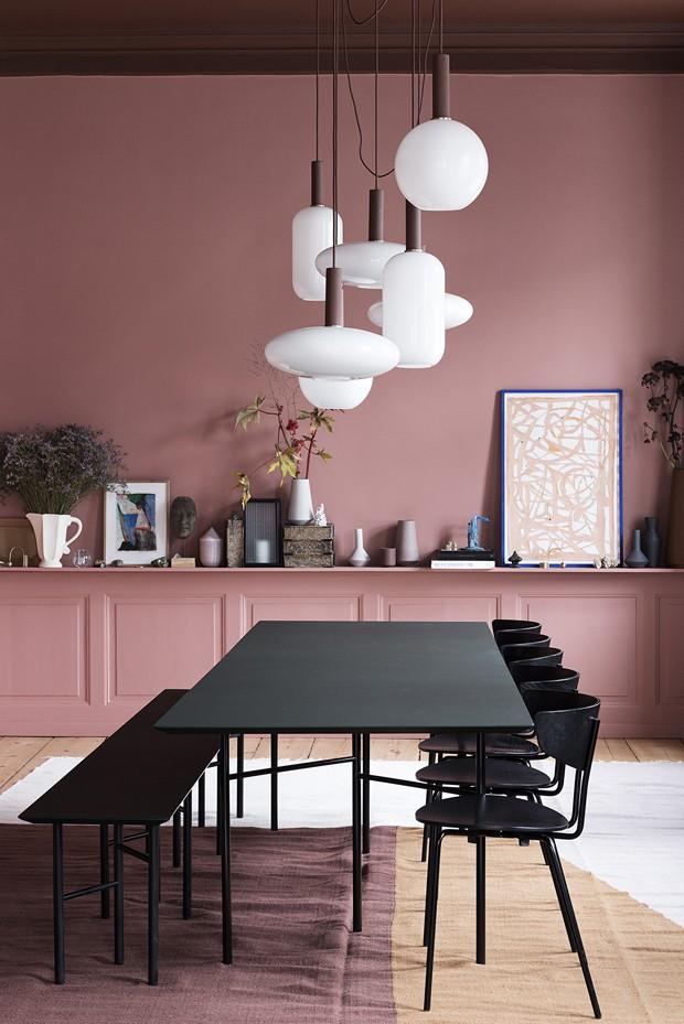 rosa e preto uma inesperada casa escandinava casa vogue. Black Bedroom Furniture Sets. Home Design Ideas