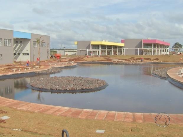 Campus da UEMS em Campo Grande MS (Foto: Reprodução/TV Morena)
