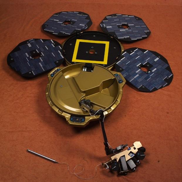 Foto divulgada pela Nasa mostra sonda Beagle 2, perdida em 2003 e encontrada por satélite que orbita Marte (Foto: Nasa/Divulgação)