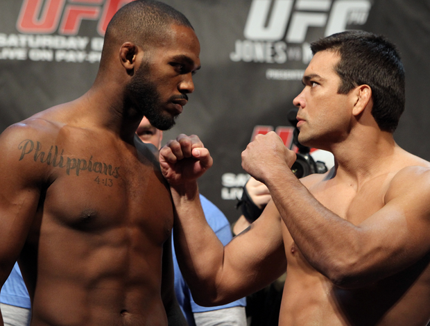 UFC - Encarada de Jon Jones e Lyoto Machida (Foto: Getty Images)