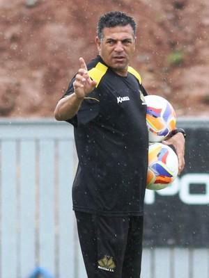 Luizinho Vieira técnico Criciúma (Foto: Fernando Ribeiro / Criciúma EC)