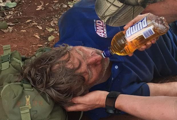 Reginald George Foggerdy sobreviveu sem água e perdido durante seis dias em um deserto remoto do oeste da Austrália se alimentando apenas de formigas (Foto: Glen Roberts/WA Police via AP)
