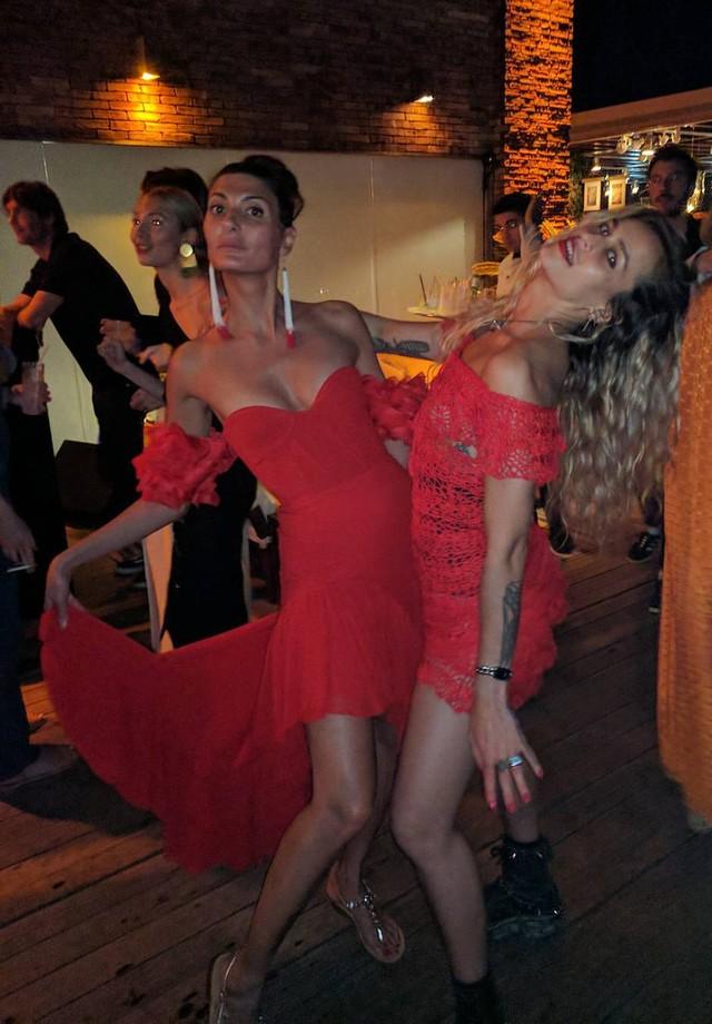 Giovanna  Battaglia e Alice Dellal (Foto: Instagram/Reprodução)