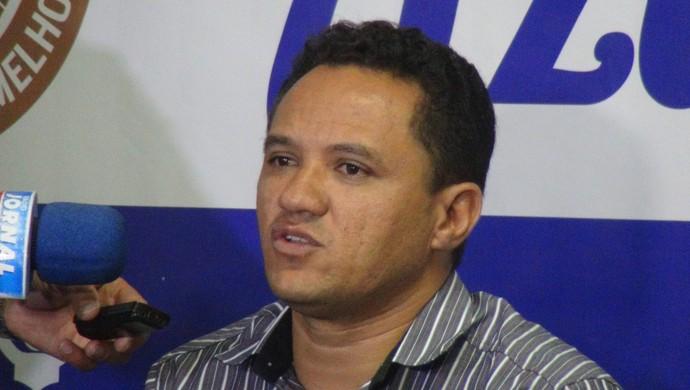 Marquinhos Mossoró foi elogiado por Raimundo Tavares (Foto: Denison Roma / GloboEsporte.com)