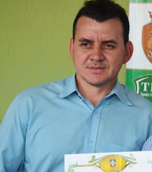 Sandicley Monte - Presidente do Tapajós Futebol Clube e Antônio Carlos Nunes - Presidente Federação Paraense de Futebol (Foto: Gustavo Campos/GloboEsporte.com)