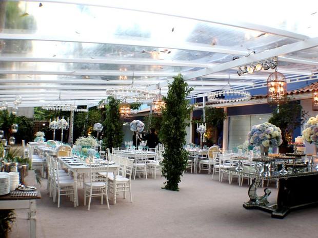 Casamento Carol e Raphael - a decoração do ambiente (Foto: Vera Donato)