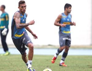 Rafael Marques Treino Botafogo (Foto: Marcos Tristão / Agência o Globo)