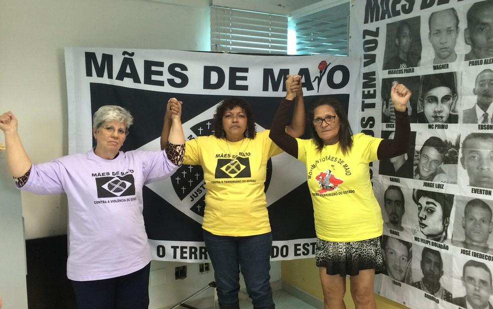 Integrantes do movimento Mães de Maio (Foto: Cíntia Acayaba/G1 )