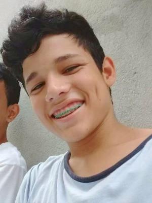 Isaac Jorge da Silva Correia foi baleado e morto na madrugada deste domingo (Foto: Arquivo Pessoal)