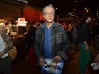 Caetano Veloso e mais famosos vão a pré-estreia de musical