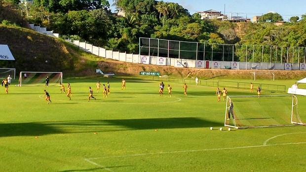 treino do vitória (Foto: Eric Luis Carvalho/Globoesporte.com)