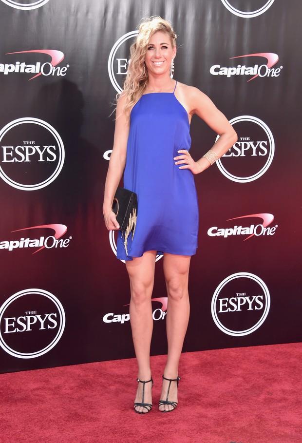 Jogadora de vôlei April Ross em premiação esportiva em Los Angeles, nos Estados Unidos (Foto: Alberto E. Rodriguez/ Getty Images/ AFP)