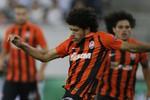 Taison Shakhtar x Rapid Viena (Foto: Reuters)