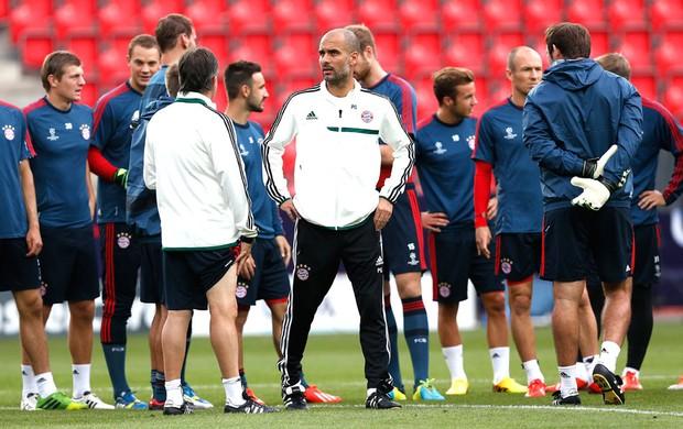 Guardiola Treino Bayern de Munique (Foto: Agência Reuters)