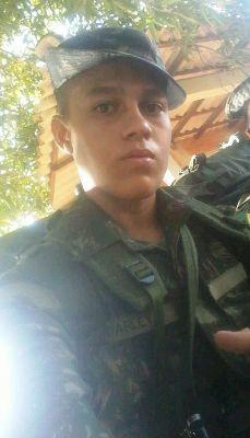Felipe Lima era militar do exército e pertencia ao 10º Grupo de Artilharia de Campanha de Selva (Foto: Arquivo Pessoal)