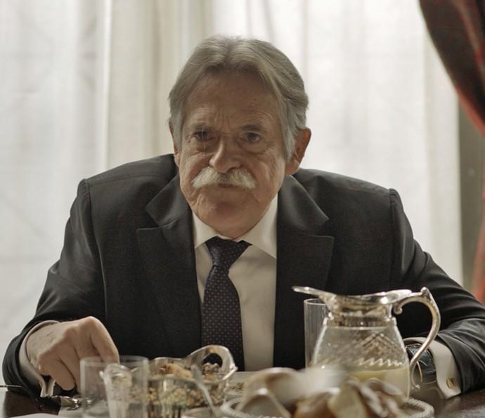Gibson fica revoltado com a atitude da família e chama a todos de 'ingratos' (Foto: TV Globo)