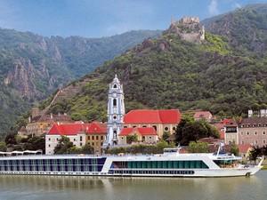 O navio passará por cidades charmosas do sul da França (Foto: Insight Cruises/Divulgação)
