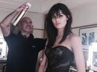 Isabelli Fontana se prepara para tapete vermelho em Cannes