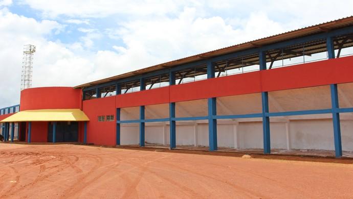 João Saldanha, estádio de Guajará-Mirim (Foto: Júnior Freitas)