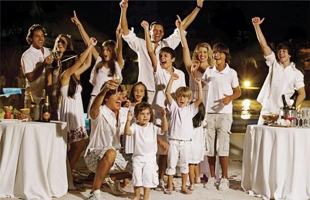 Famílias são esperadas para comemorar a virada do ano no Hot Park (Foto: Divulgação)