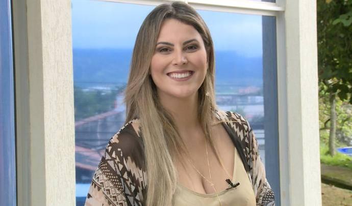 Jessica Leão na apresentação do 'Mais Diário' deste último sábado (18) (Foto: Reprodução / TV Diário )