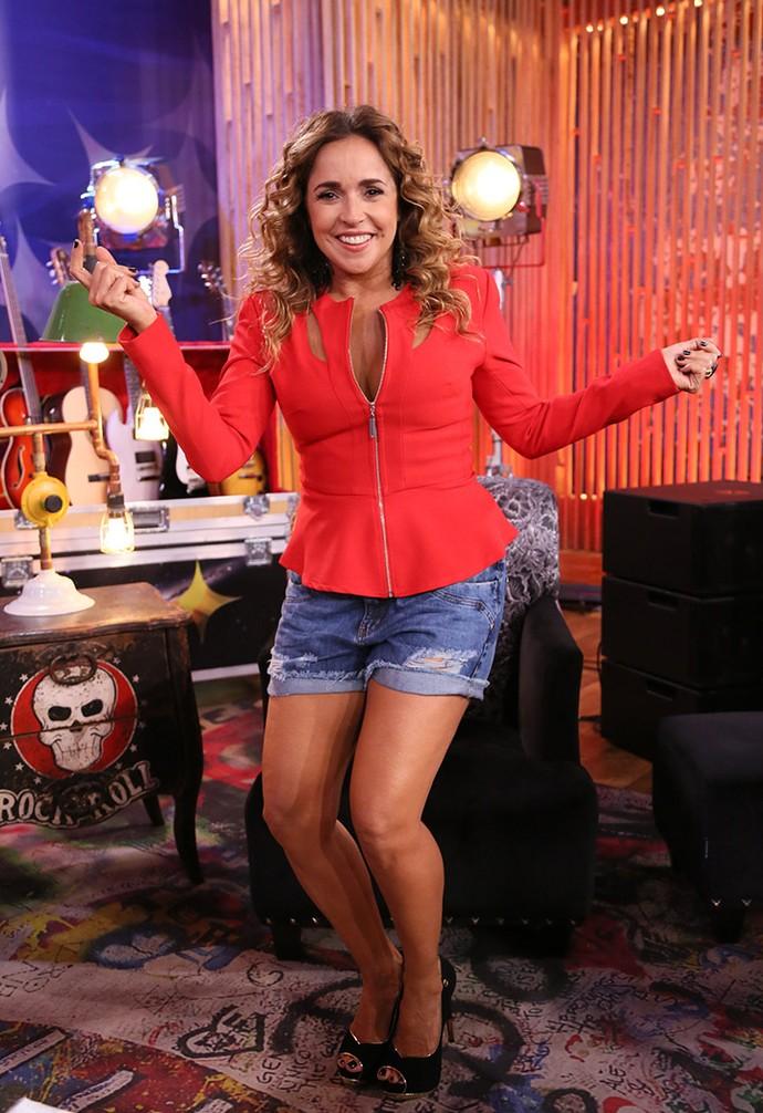 Daniela Mercury arrasou com look vibrante  (Foto: Ellen Soares/Gshow)