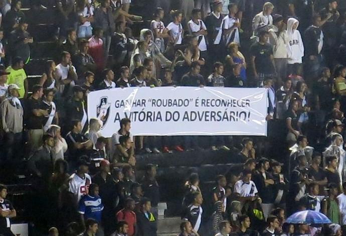 Torcida do Vasco em São Januário (Foto: Edgar Maciel de Sá)