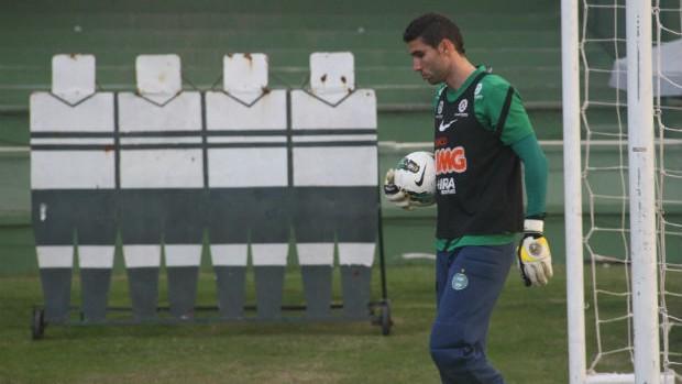 Vanderlei, goleiro do Coritiba (Foto: Gabriel Hamilko / GloboEsporte.com)