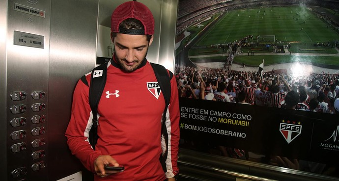 Alexandre Pato São Paulo (Foto: Rubens Chiri /  Site oficial SPFC)
