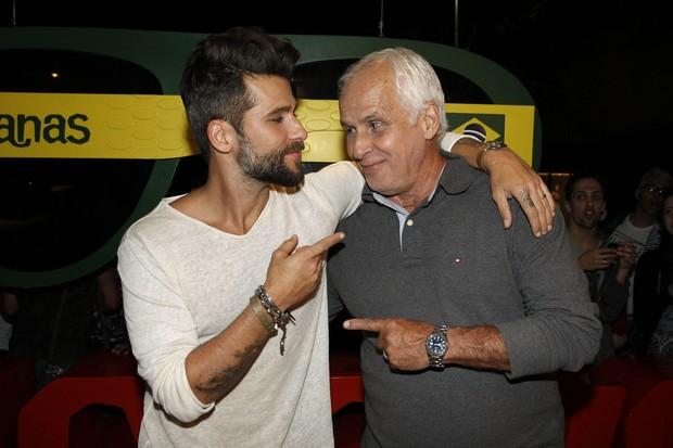 Bruno Gagliasso com o pai Paulo  (Foto: Celso Tavares / Ego)
