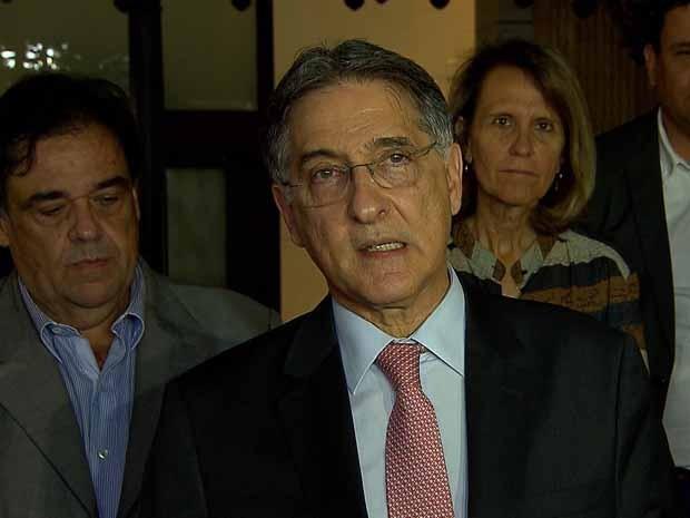 Governador Fernando Pimentel anuncia linhas de créditos a cidades afetadas (Foto: Reprodução/TV Globo)