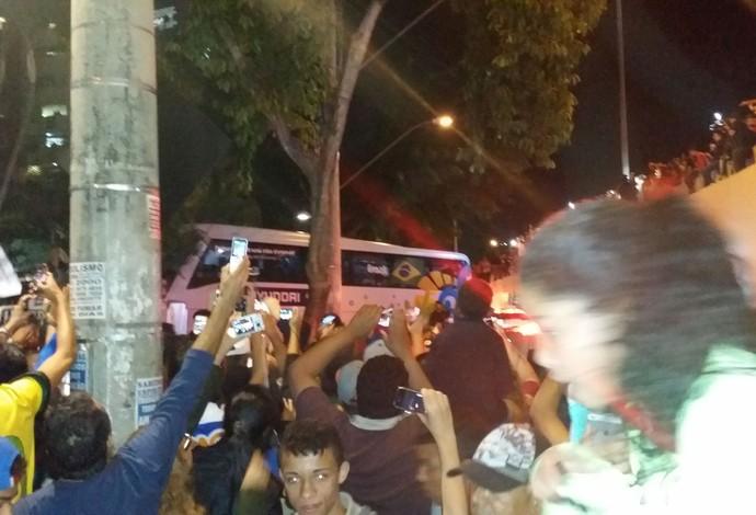 chegada seleção Brasil BH (Foto: Marcio Iannacca)