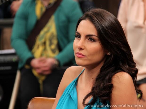Mel Fronckowiak conta que não gosta de falar de sua intimidade (Foto: TV Globo/Altas Horas)