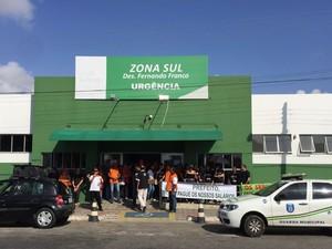 Protesto ocorreu na manhã desta segunda-feira em Aracaju (Foto: Sindicato dos Médicos)