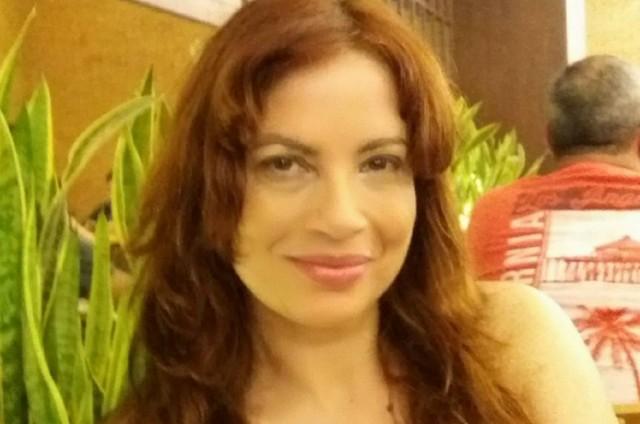 Isadora Ribeiro está com 51 anos e gostaria de voltar à TV (Foto: Reprodução / Facebook)