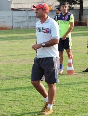 Geraldo Meira, novo técnico do Grêmio Prudente (Foto: Ronaldo Nascimento / Globoesporte.com)