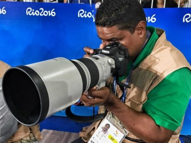 João Maia em ação na cobertura da Paralimpíada (Foto: Reprodução/ Internet)
