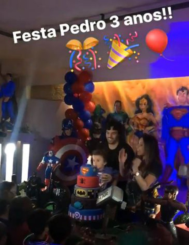 Patrícia Abravanel e Fabio Faria na festa de aniversário do filho, Pedro (Foto: Reprodução/Instagram)