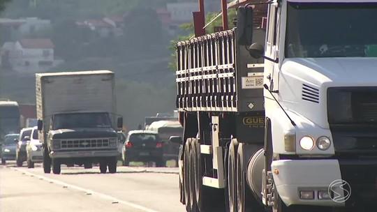PRF alerta sobre perigos para quem passa pela BR-393, em Barra do Piraí