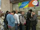 Público forma filas para comprar ingressos para Olimpíada Rio 2016