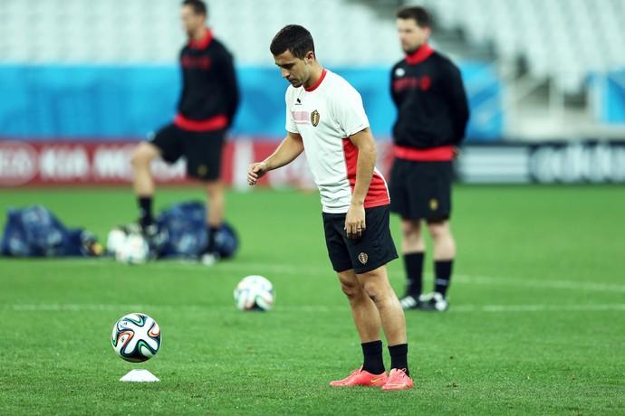 Hazard no treino da Bélgica na Arena Corinthians (Foto  Marcos Ribolli) 5de00324eb32b