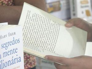 Leitura é fundamental para quem quer escrever bem (Foto: Reprodução / TV Globo)