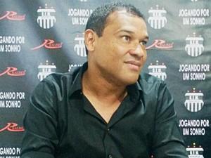 Muller foi demitido do mesmo Grêmio Maringá em 2010 (Foto: Honório Silva)