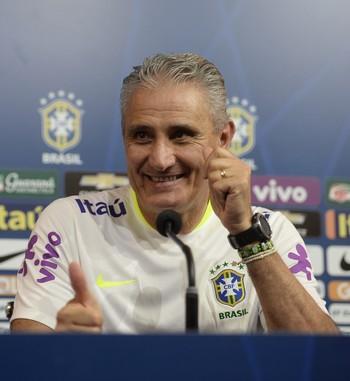 Tite coletiva da seleção brasileira (Foto: Pedro Martins / MoWA Press)